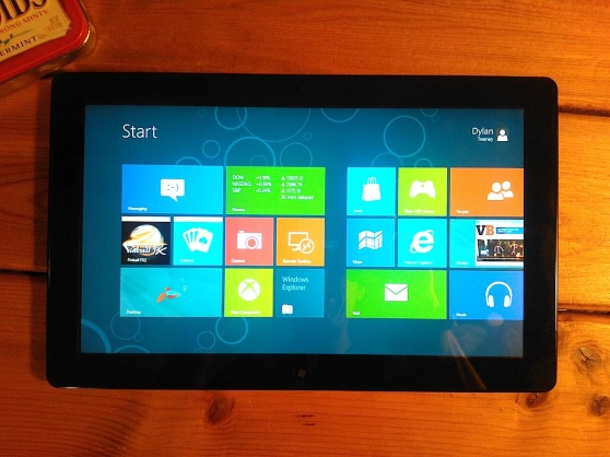 windows-8-tablet-flat
