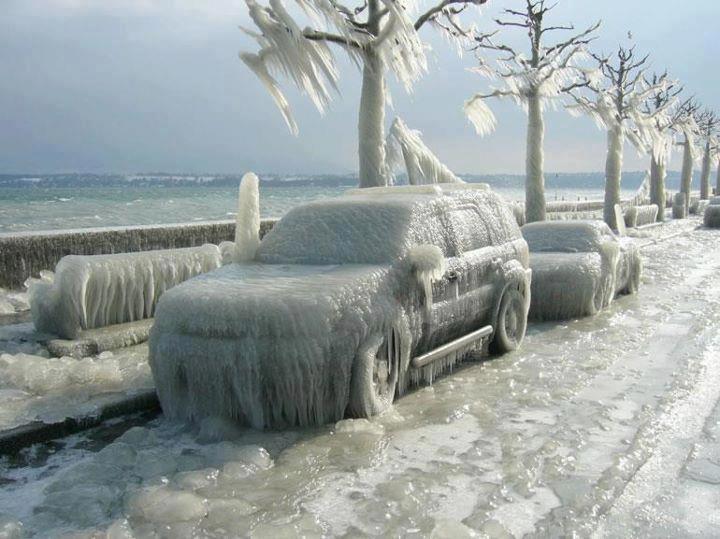 frozen_cars_in_romania