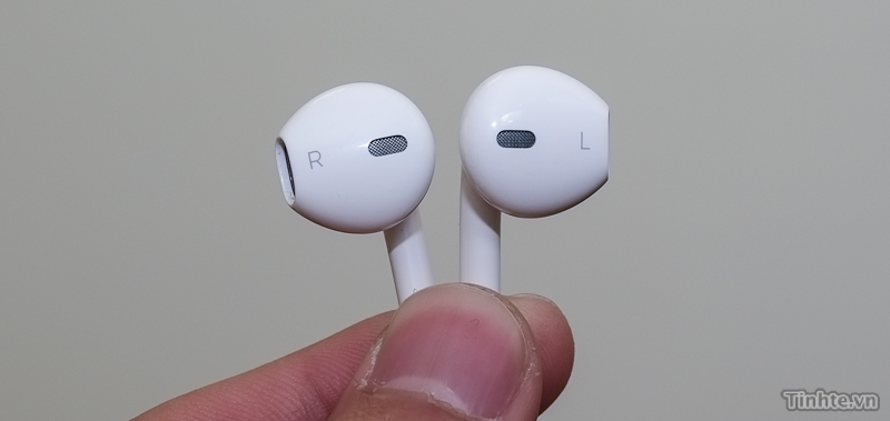 iphone_5_rumored_earphones_1