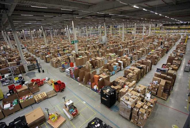 amazon_warehouse_1