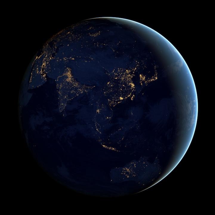 earth_at_night_nasa_1