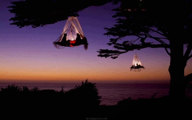 hanging_tents