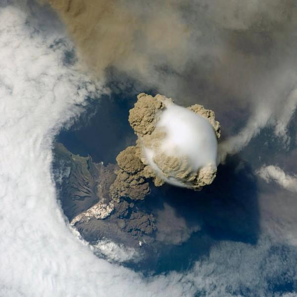 awesome_eruption