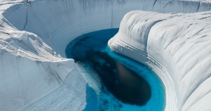 ice_canyon_greenland