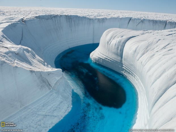 ice_canyon_greenland