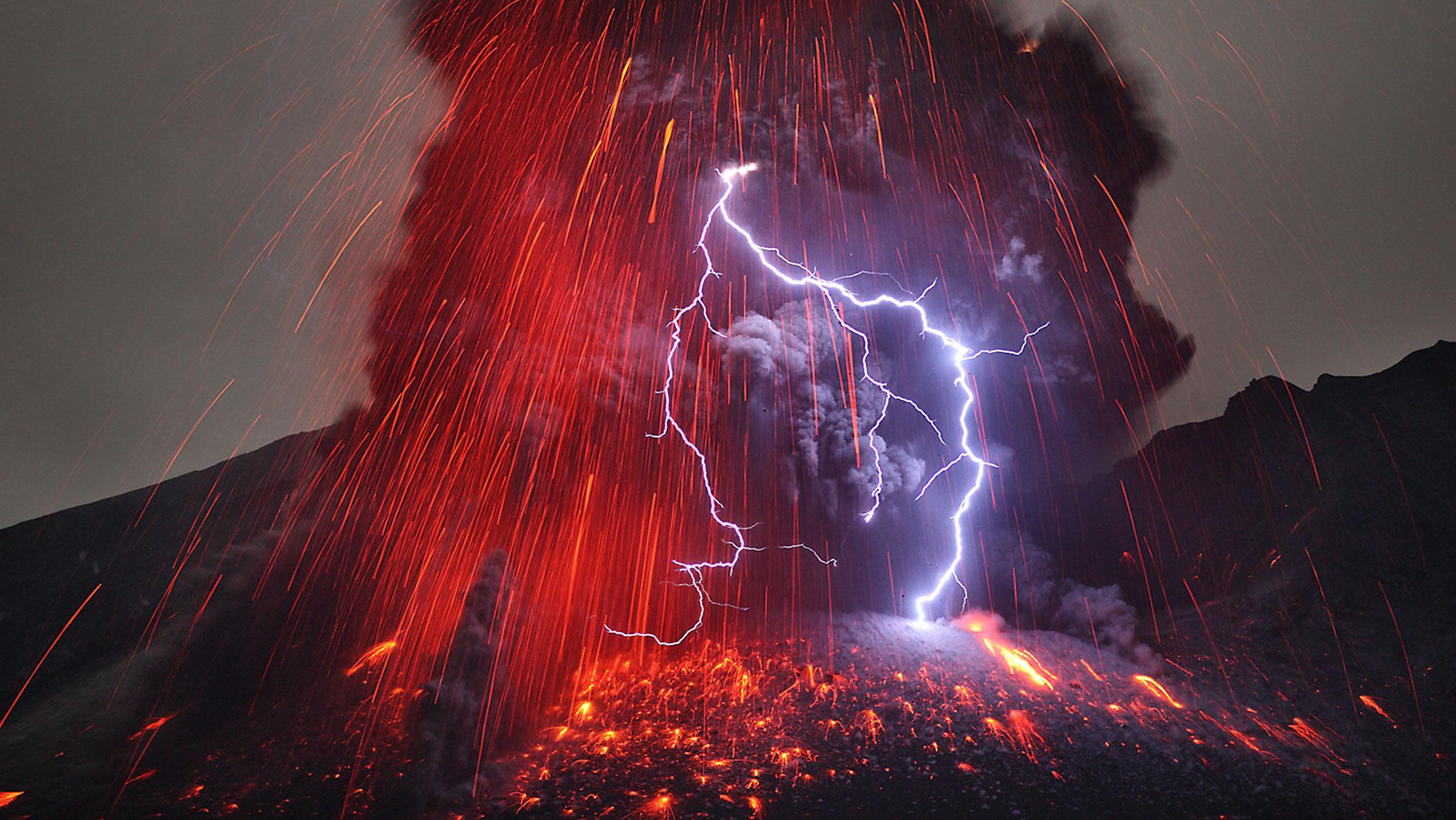 wow_volcano