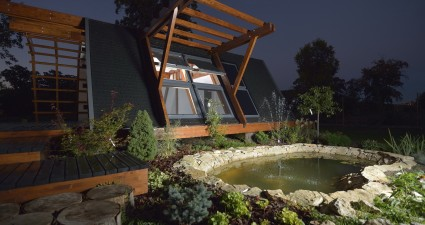 Soleta zeroEnergy home at night
