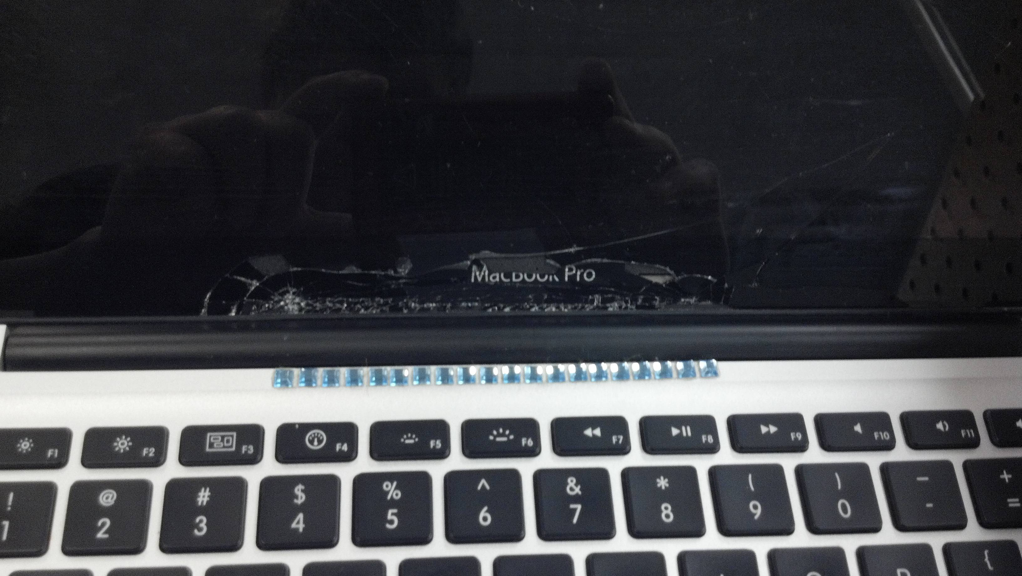 no_macbook_bling_bling