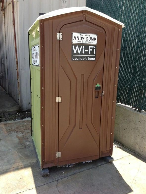 public_wifi_on_toilet