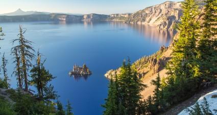 crater_lake_2560x1440