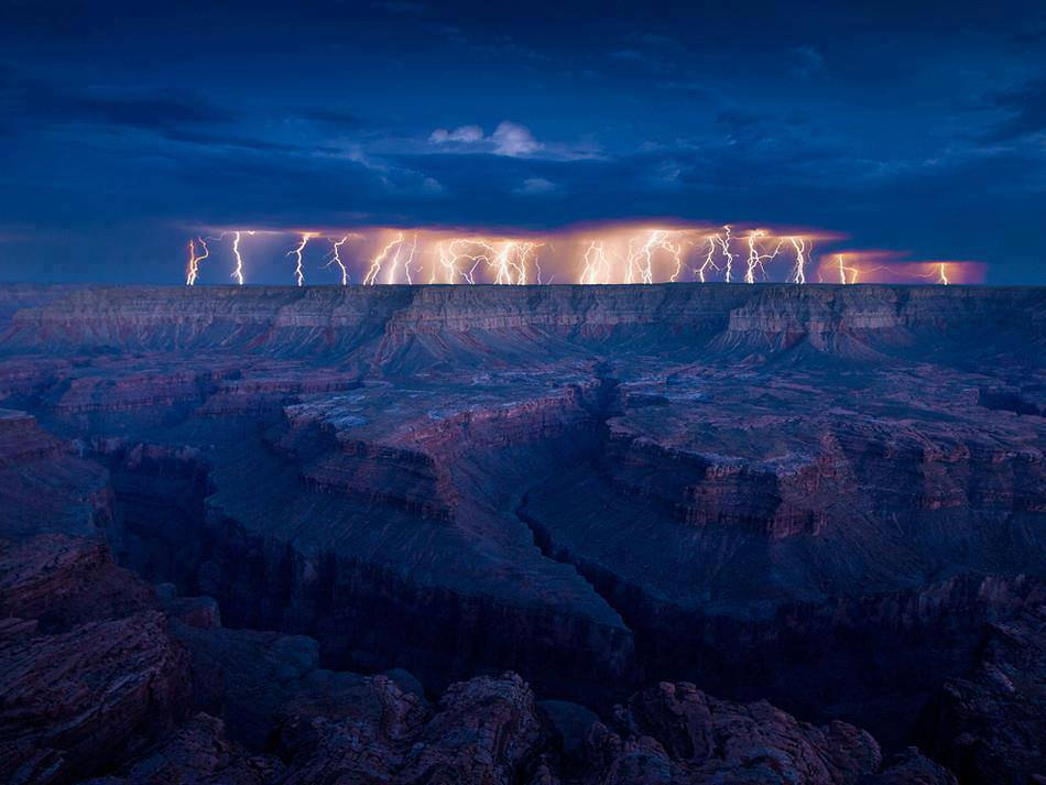 grand_canyon_lightning