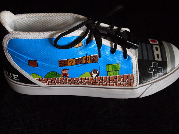 nes_shoes_3