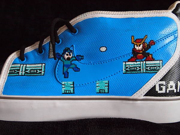 nes_shoes_4