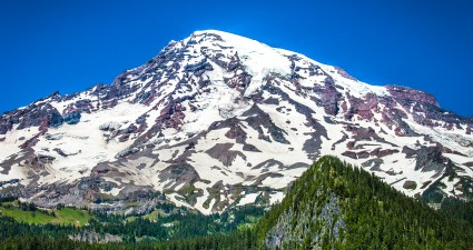 snowcapped_mt_rainier