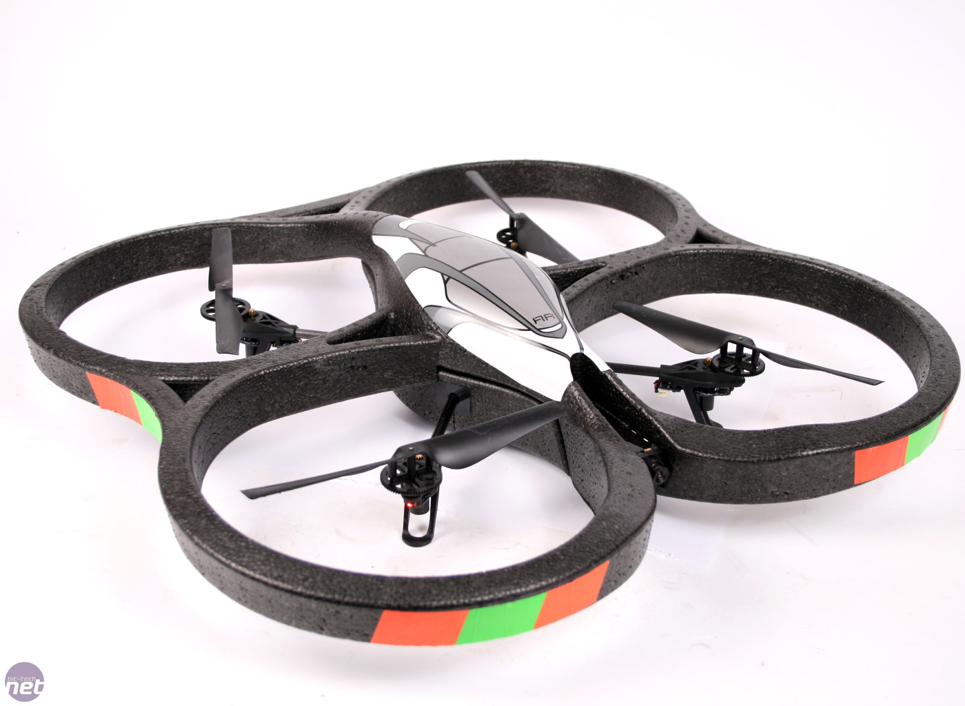 AR.Drone-06-b