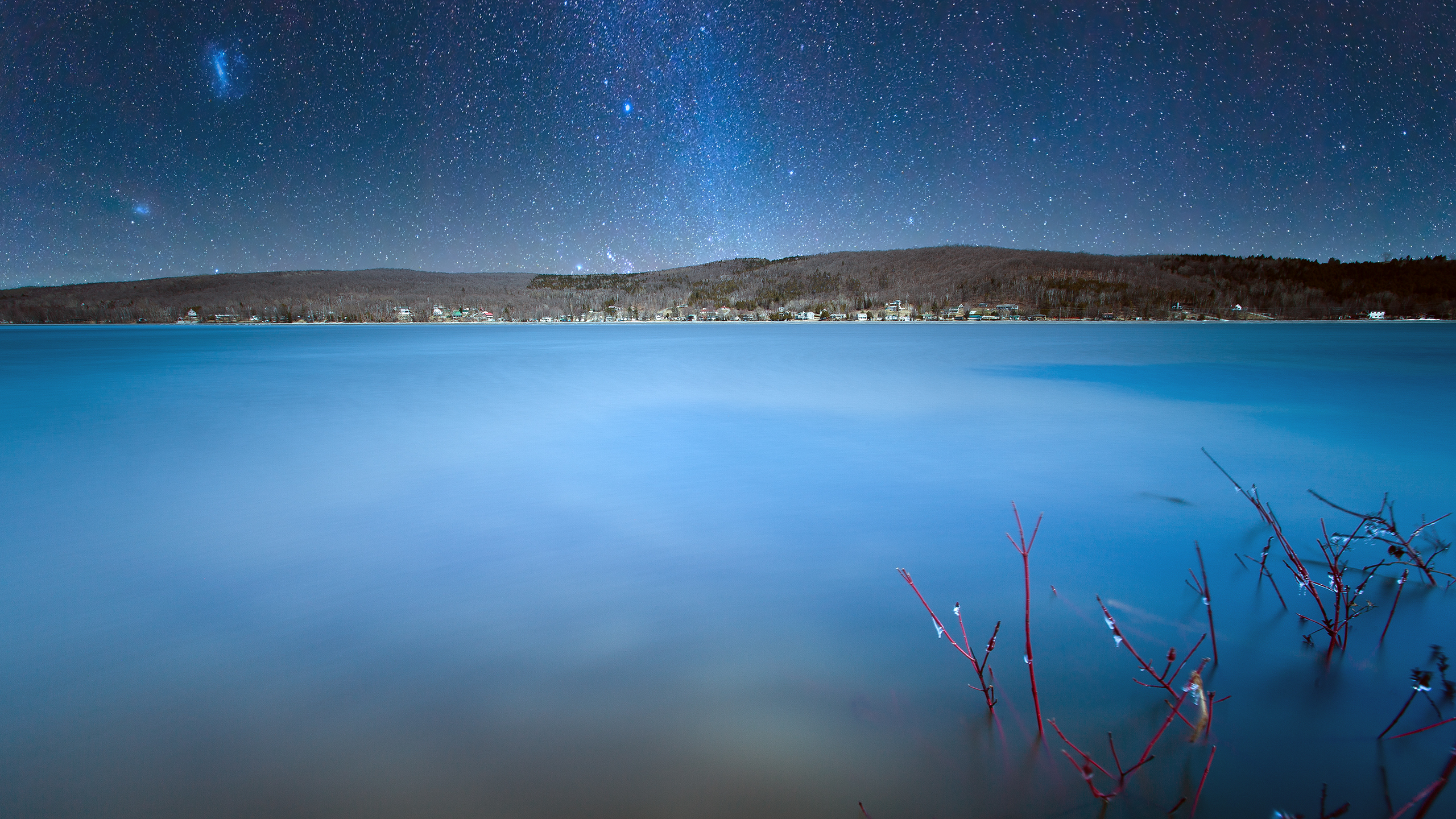 lake_william_milky_way_wallpaper_2560x1440