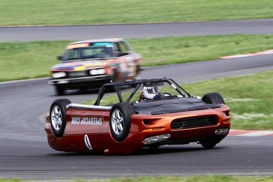 upside_down_race_car