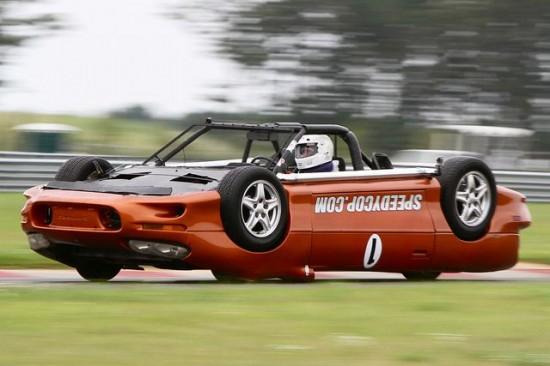 upside_down_race_car_4