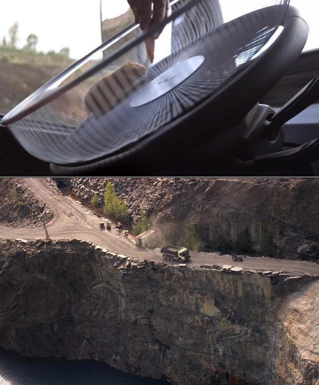hamster_driving_truck