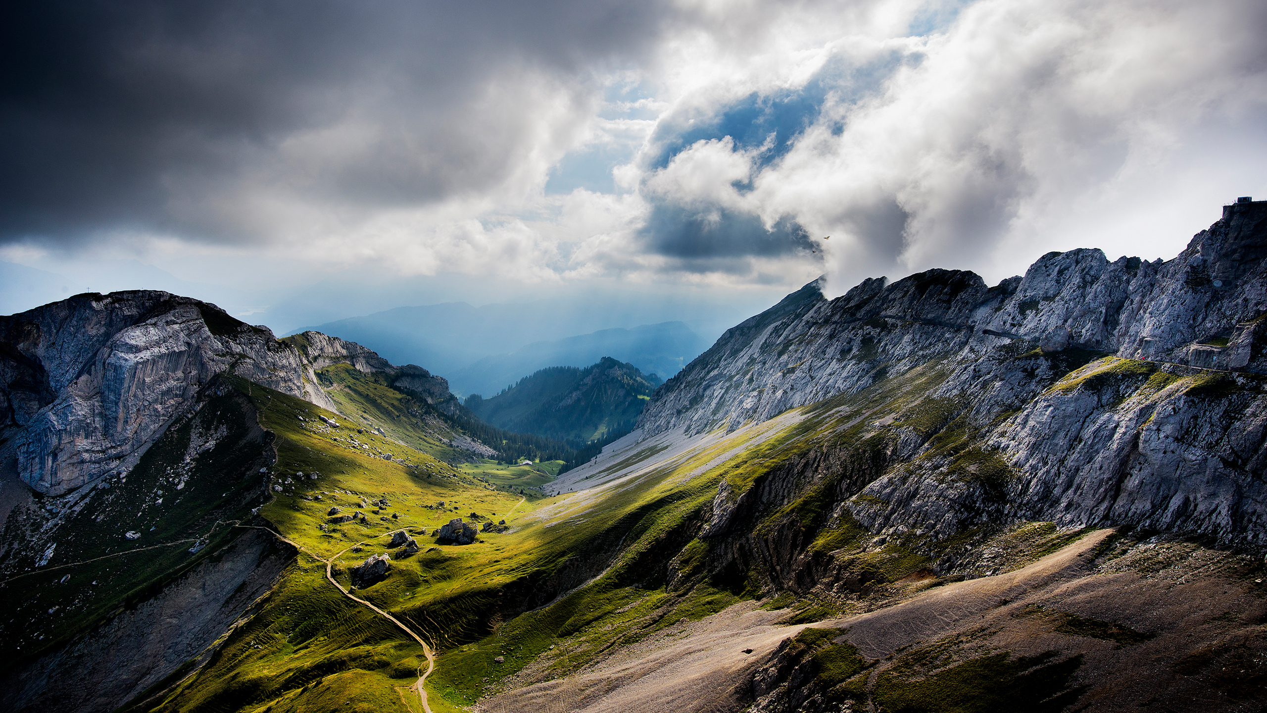 mindblowing_switzerland_wallpaper_2560x1440