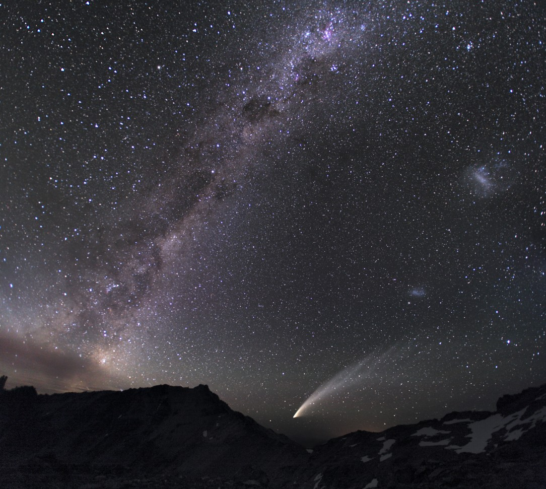 galaxies_and_comet