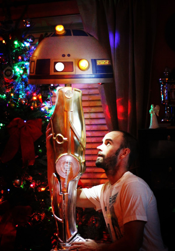 droid-leg-lamp