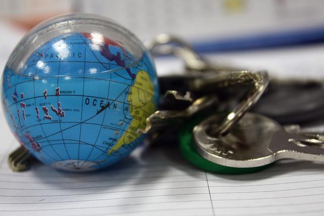 key-globe