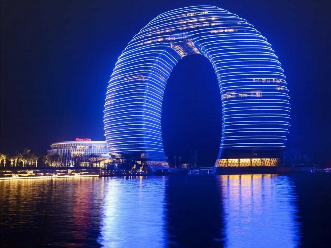 Beautiful-Image-of-The-Sheraton-Hotel-in-Huzhou-China