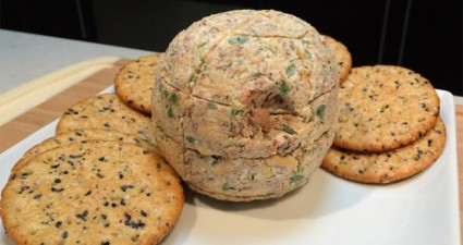 death_star_cheeseball-620x489