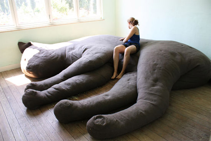 giant_cat_couch