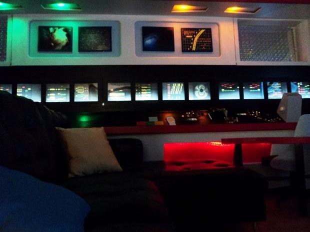 star_trek_basement_10