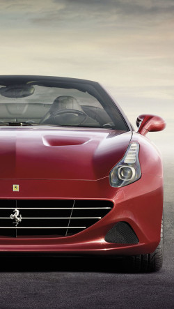 2015-Ferrari-California-Red-250x443