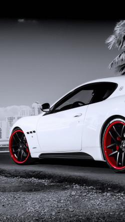 Maserati-Granturismo-White-250x443