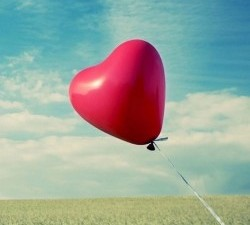 Red-Heart-Balloon-250x443