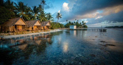 bungalows_on_the_reef_french_polynesia-wallpaper-1920x1080