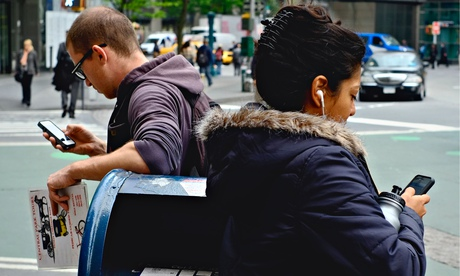 Hackers may be able to access iPhone users' networks by sharing the same public wifi service