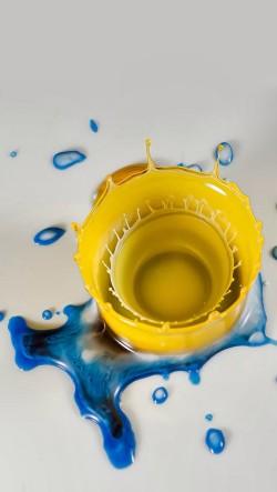 Yellow-Paint-Splash-250x443