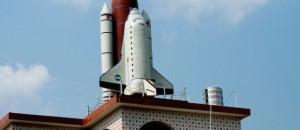 space-shuttle-replica